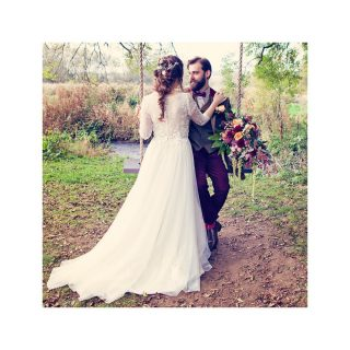 Whimsical Wedding 💫   #weddinginspo #wedding #weddingphotography #bride #groom #weddinghair #weddingmakeup #minstermill